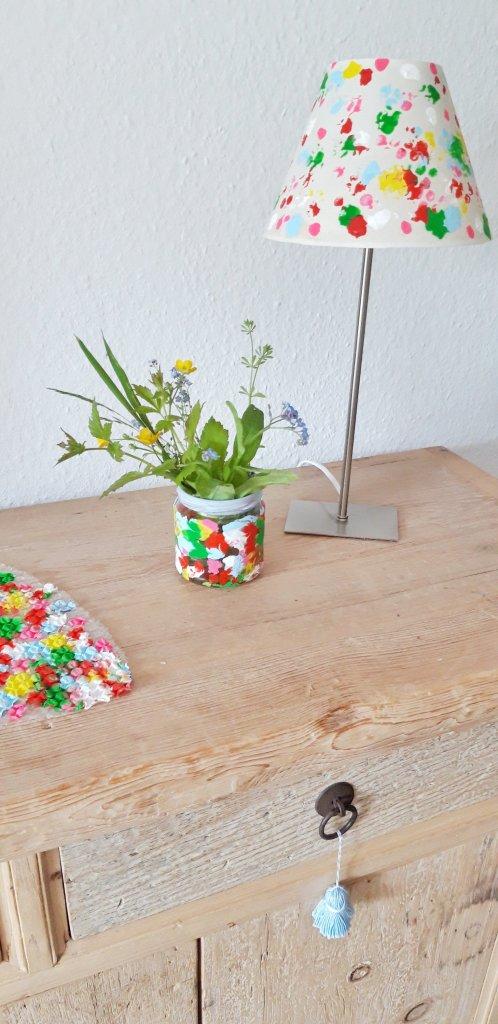 Lampenschirm und Vase selbstgemacht