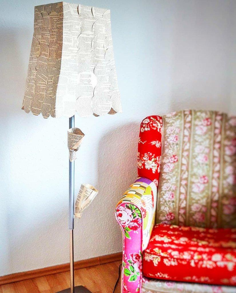 Lampenschirm aus Buchseiten Ikeahacks