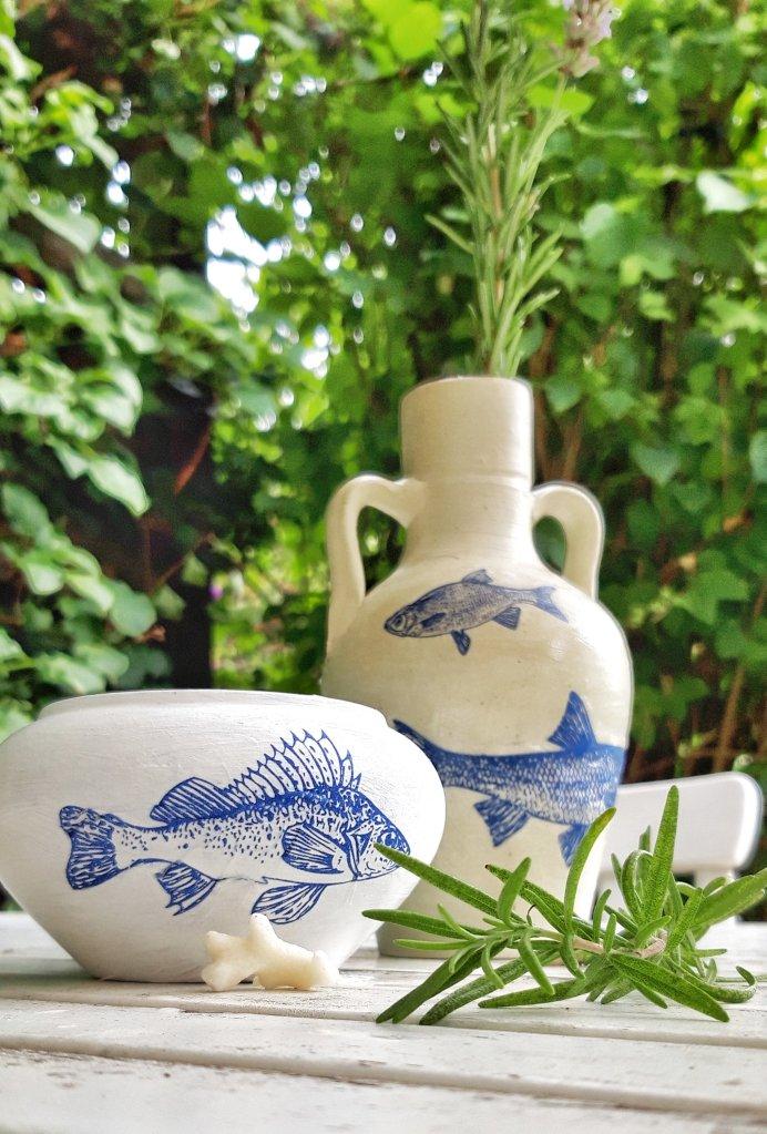 Alte Keramik wird mediterran aufgepumpt mit der Serviettentechnik