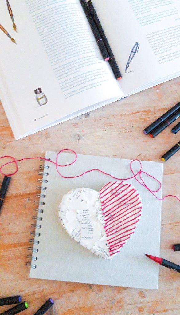 #valentinstagsgeschenk für Freunde. Art Journaling mal anders.